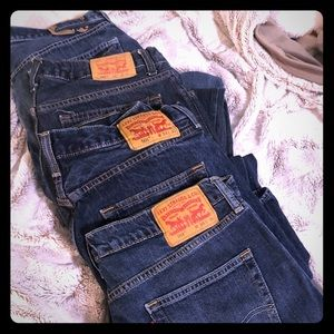4 pairs of Levi Jeans 501, 505, 514